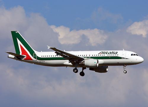 alitalia_airbus_a320_ei-dtm